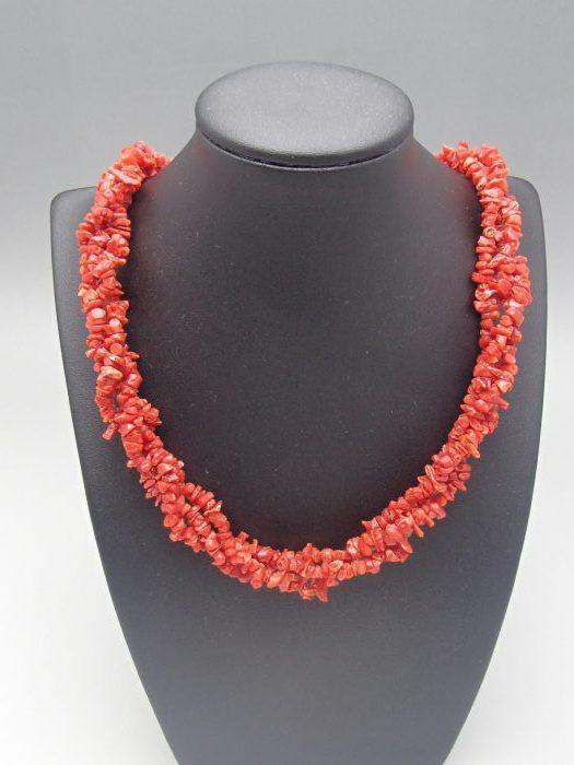 珊瑚のネックレスを高価買取してもらうには?