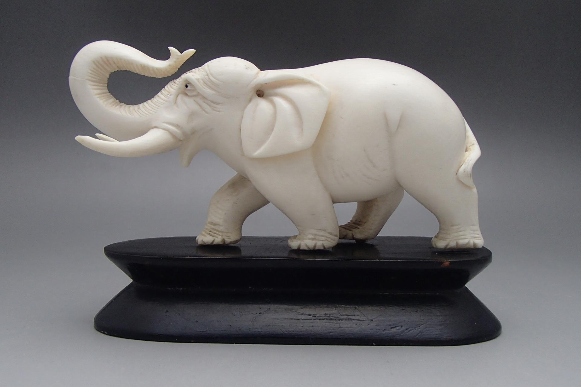象牙買取 象牙彫刻品 象 東京都のお客様