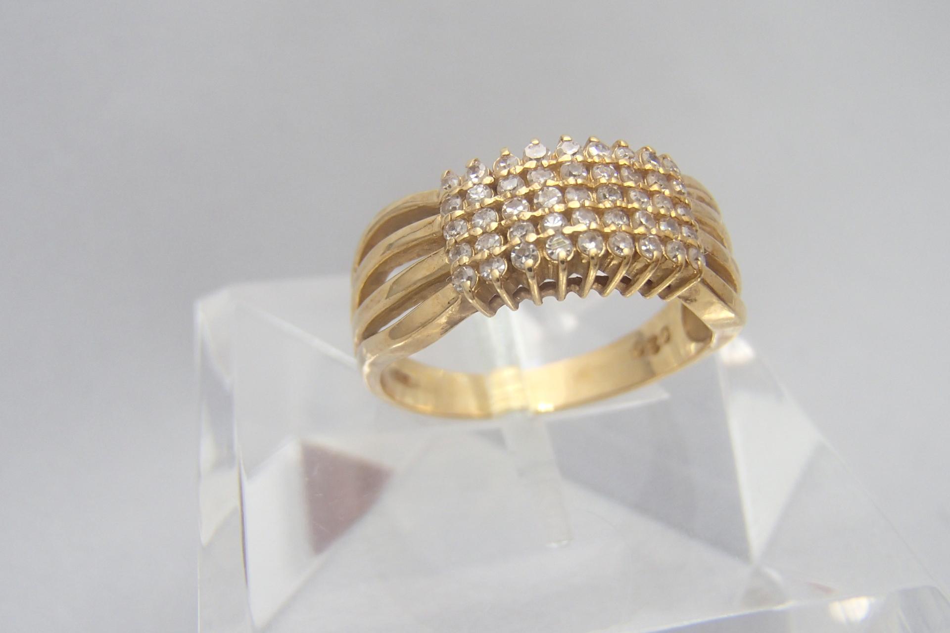 一生に一度だからこだわりたい!結婚指輪にこそダイヤモンドを。