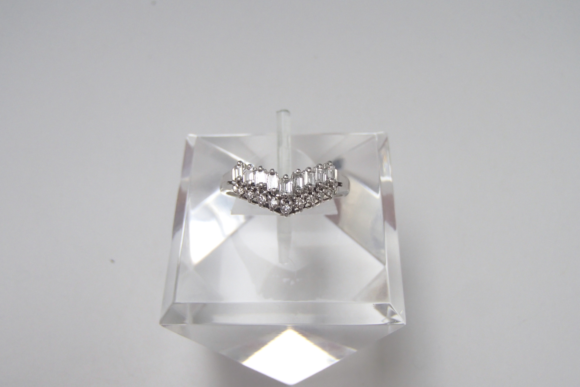 ダイヤモンドの価値はカラットで決まる?