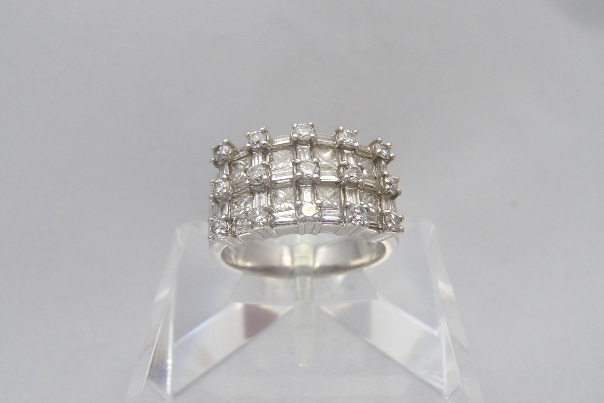 ダイヤモンドは大きいものが人気?カラット数で見るダイヤモンドとは?