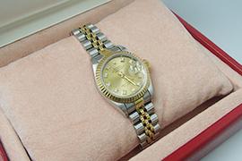 なぜロレックスは腕時計界のTOP?その理由に迫る!