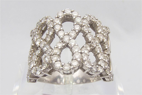 ダイヤモンドを売るなら今!?価格が高騰しているワケ