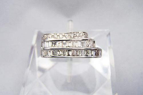 ダイヤモンドの色と透明度はどのようにランクづけされている?