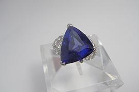 高級宝石タンザナイト34万6千円で買取しました。 東京都のお客様