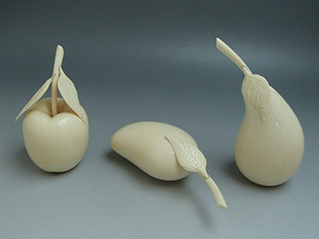 象牙 彫刻 果物 3点セット 合計500g 高価買取しました。静岡県のお客様