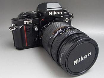 Nikonのフィルムカメラは高く売れる? カメラの査定ポイント3選紹介!