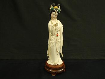 象牙製品の天女の彫刻品を高価買取! 彫刻品の査定ポイント3選ご紹介します!