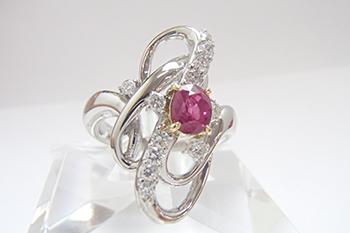 ルビーのリングを高価買取! 宝石は小さくてもしっかりと値段はつく??
