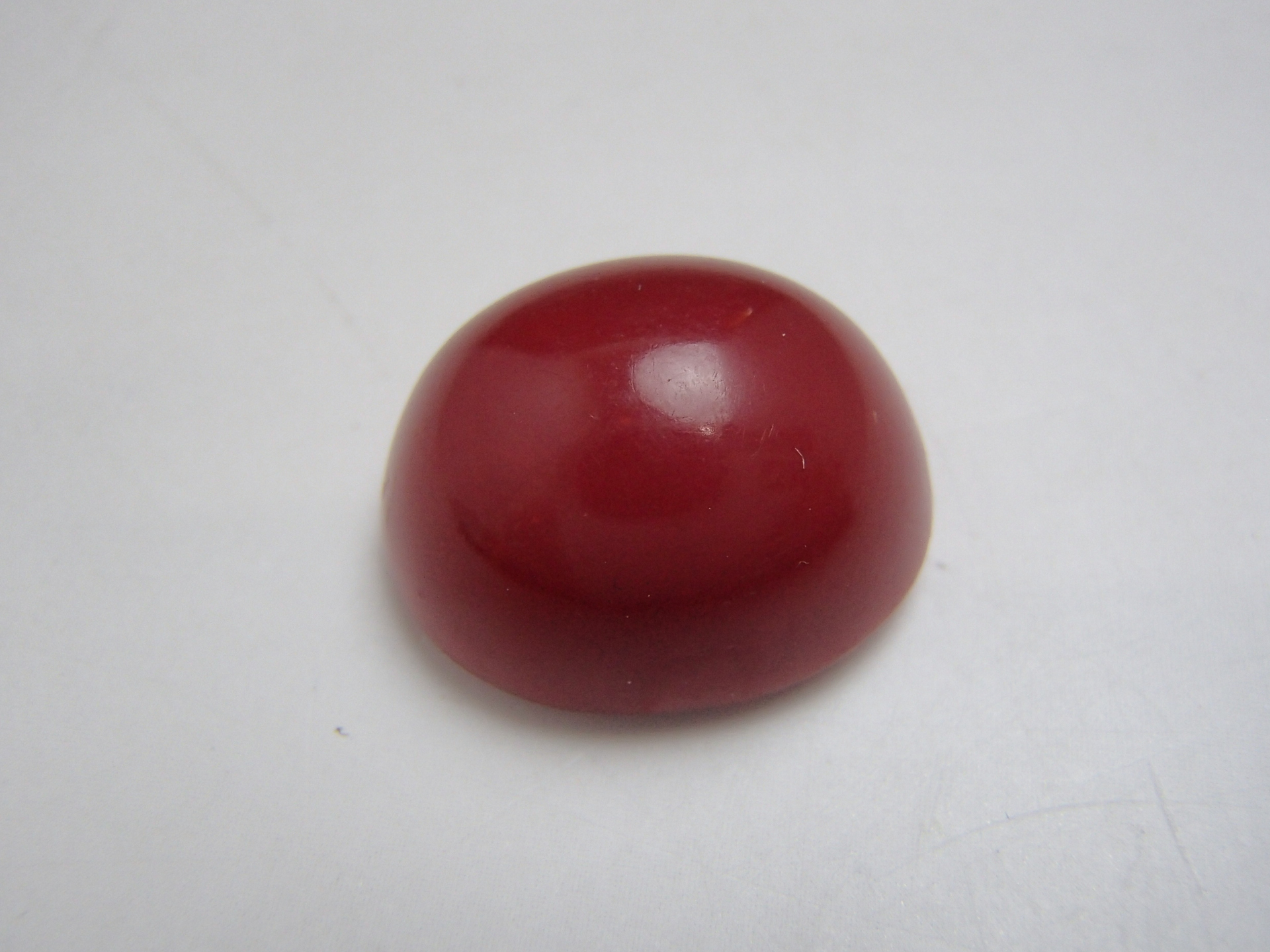 血赤珊瑚であればこんなに小さくても高く買取することができるんです!!