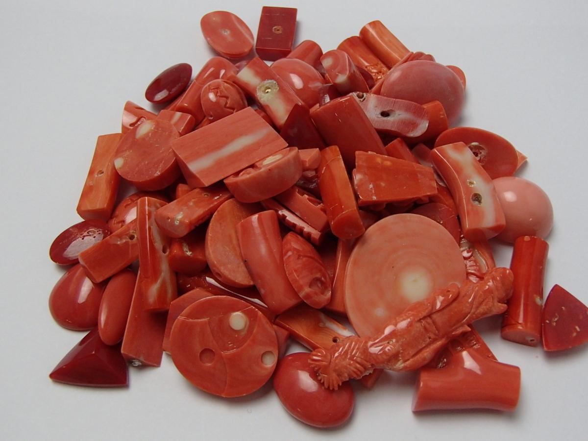 赤珊瑚と桃珊瑚のルースを高額買取しました! 群馬県のお客様