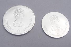 銀シルバーコイン