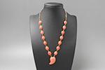ピンク珊瑚 勾玉ネックレス