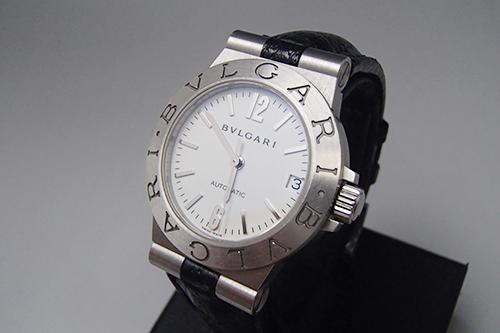 綺麗なブルガリ時計
